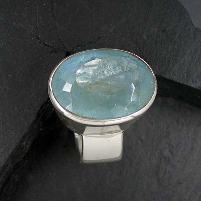 Aquamarin Ring oval